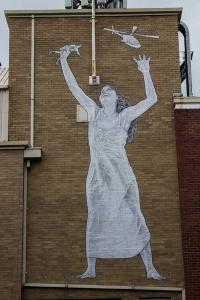 street-art-love-defies-hate