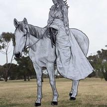 women-horse-scupture-paul